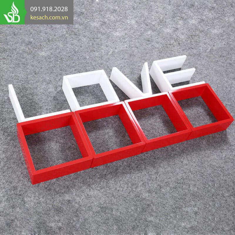 ke-trang-tri-treo-tuong-chu-LOVE-20