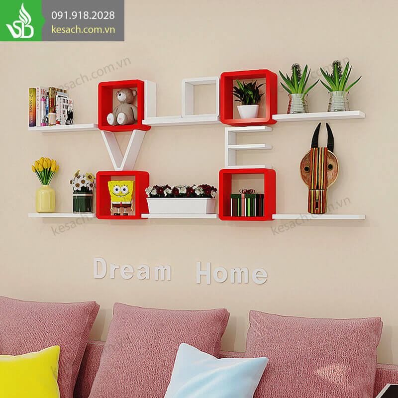 ke-trang-tri-treo-tuong-chu-LOVE-3
