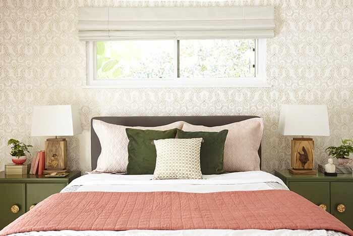 Với một khoản chi phí rất ít (từ vài triệu đồng), phòng ngủ của bạn gần như đã được lột xác hoàn toàn.