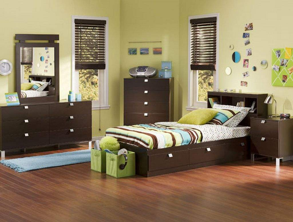 breathtaking-and-simple-boys-bedroom-design-ideas-with-dark-wood-single-bed-drawer-and-wooden-floor