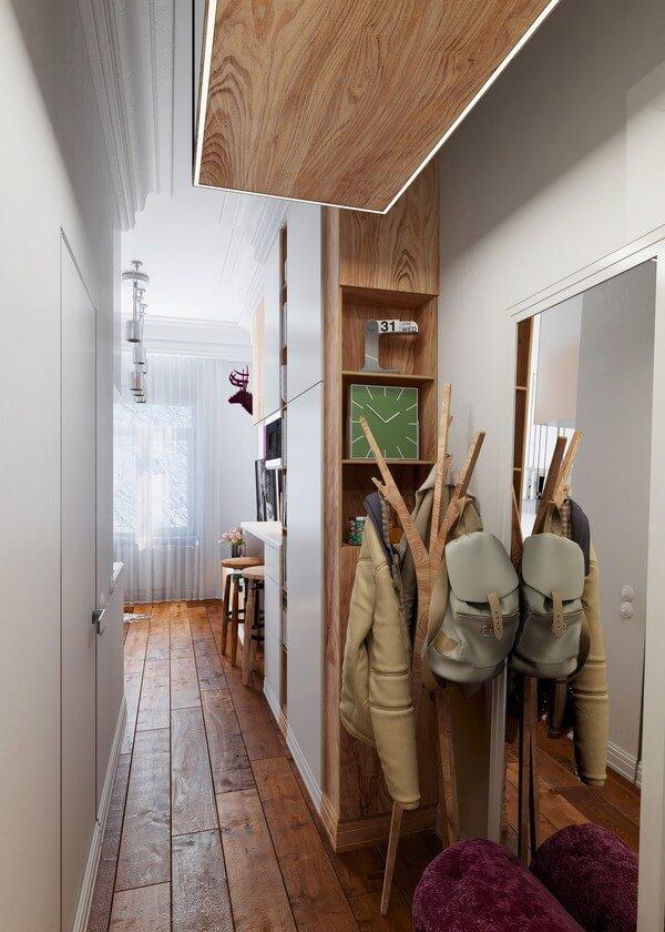 Cây treo đồ và ghế ngồi thay đồ cực tiện và phù hợp với diện tích.