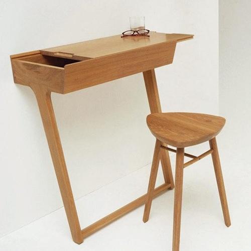 Chiếc bàn nhỏ nhắn này là món nội thất lý tưởng phù hợp để kê cố định vào góc tường của những căn phòng nhỏ.