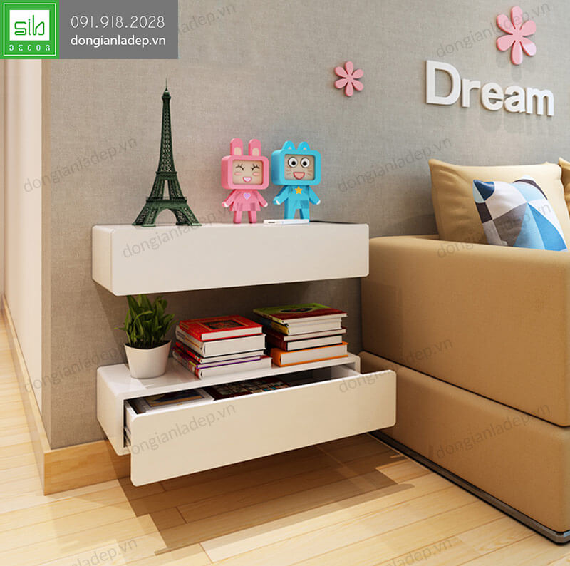 Kệ treo tường có ngăn kéo trong phòng khách