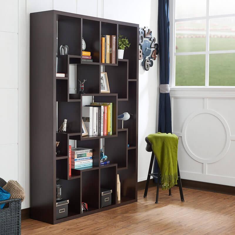 Màu vân gỗ tự nhiên,sang trọng là điểm nhấn của phòng đọc