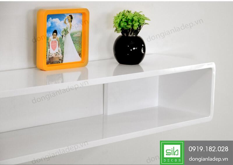 Hệ sơn 2K trắng bóng cao cấp của kệ TV chữ nhật TV104