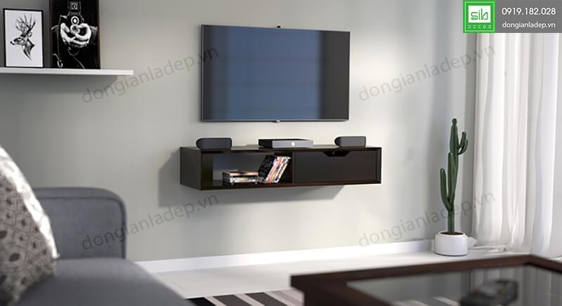 Kệ TV116 màu vân gỗ với thiết kế hiện đại