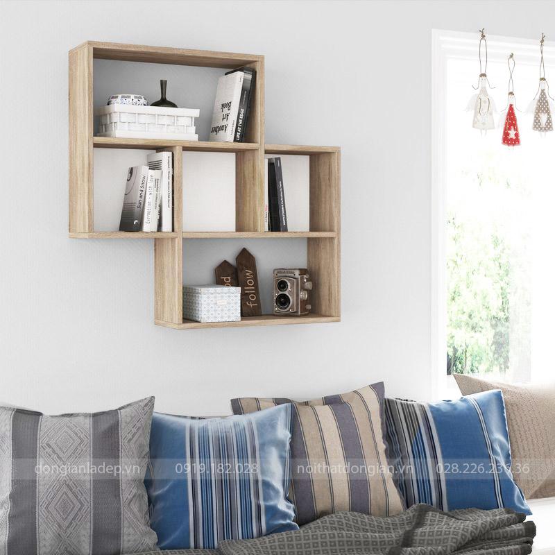 Kệ trang trí màu vân gỗ sau Sofa
