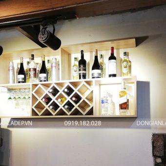 Kệ rượu KR02 màu vân gỗ