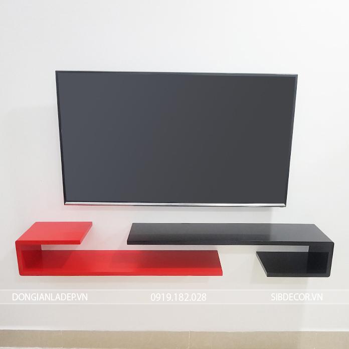 Bộ 2 kệ màu đỏ đen kết hợp bên dưới tivi treo tường