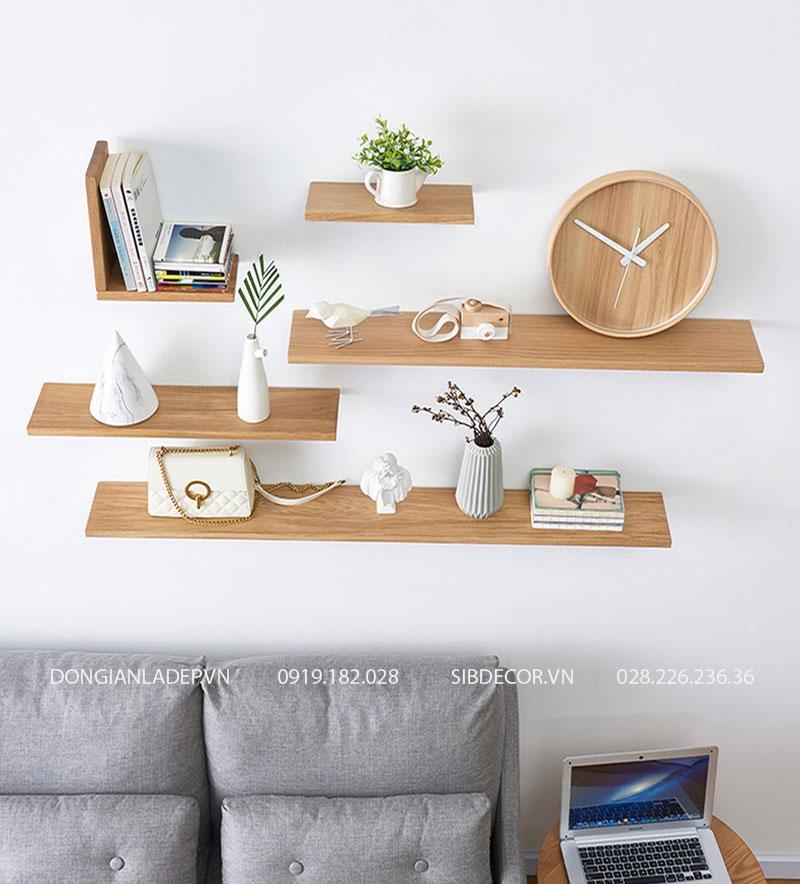Kệ treo tường để sách, đồ trang trí... phù hợp với nhiều không gian: phòng khách, phòng làm việc, phòng ngủ.