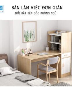 Chiếc bàn làm việc bên cạnh giường phòng ngủ